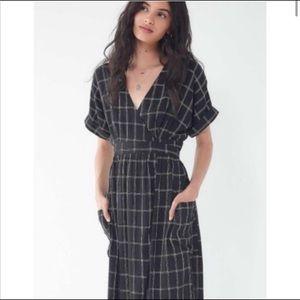 UO Midi Wrap dress